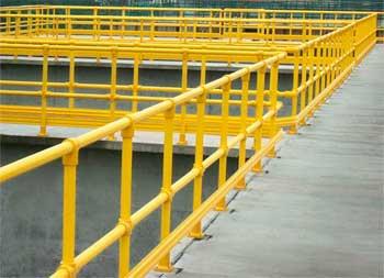 Equisplast postes y estructuras de prfv for Barandas de seguridad